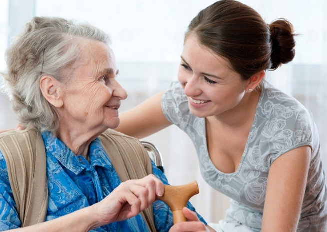 formation assistante de soin en gerontologie au clps en bretagne