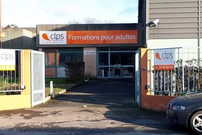 vue extérieure de l'annexe du centre de formation CLPS à Rennes rue Jean Le Hô