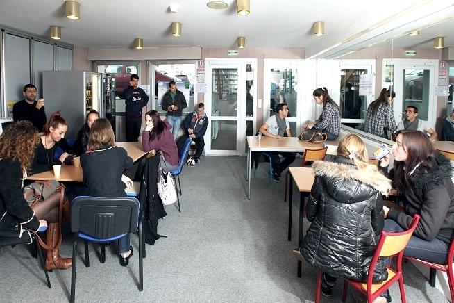 espace de pause stagiaires du centre de formation CLPS à Saint-Brieuc