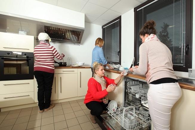 cuisine pédagogique du centre de formation CLPS à Saint-Malo pour les formations aux métiers de l'aide à la personne