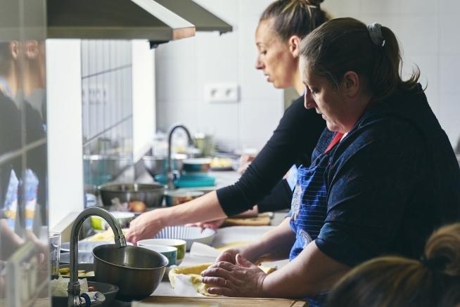 cuisine pédagogique du centre de formation CLPS à Vannes pour les formations aux métiers de l'aide à la personne