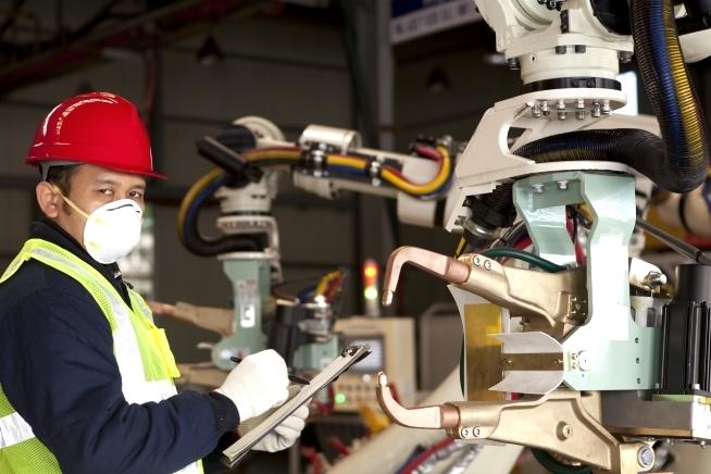 formation technicien de maintenance industrielle en Bretagne au CLPS