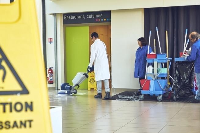 8ced779ee4c formation agent de propreté ou chef d équipe en contrat de  professionnalisation en Bretagne au ...
