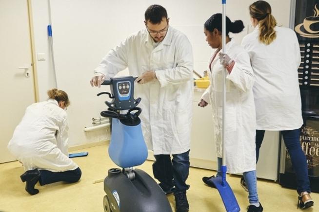 formation agent de propreté ou chef d'équipe en contrat de professionnalisation au CLPS à Saint-Brieuc