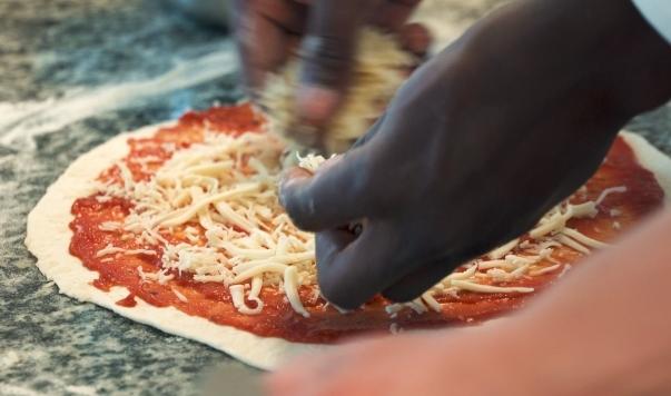 formation pizzaiolo en contrat de professionnalisation au CLPS à Brest