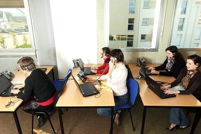 formation conseillère relation client multicanal dans les Côtes d'Armor au CLPS