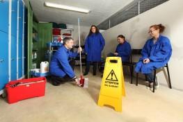 formation cap d'ouvrier de maintenance et hygiene des locaux en bretagne au clps quimper