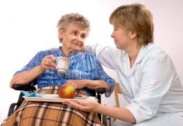 Intervenant à domicile : cadre et posture professionnels
